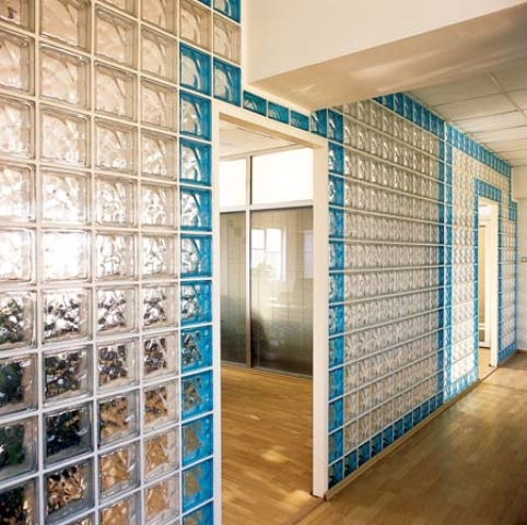 معایب بلوک هبلکسبازسازی ساختمان - بلوک شیشه ای